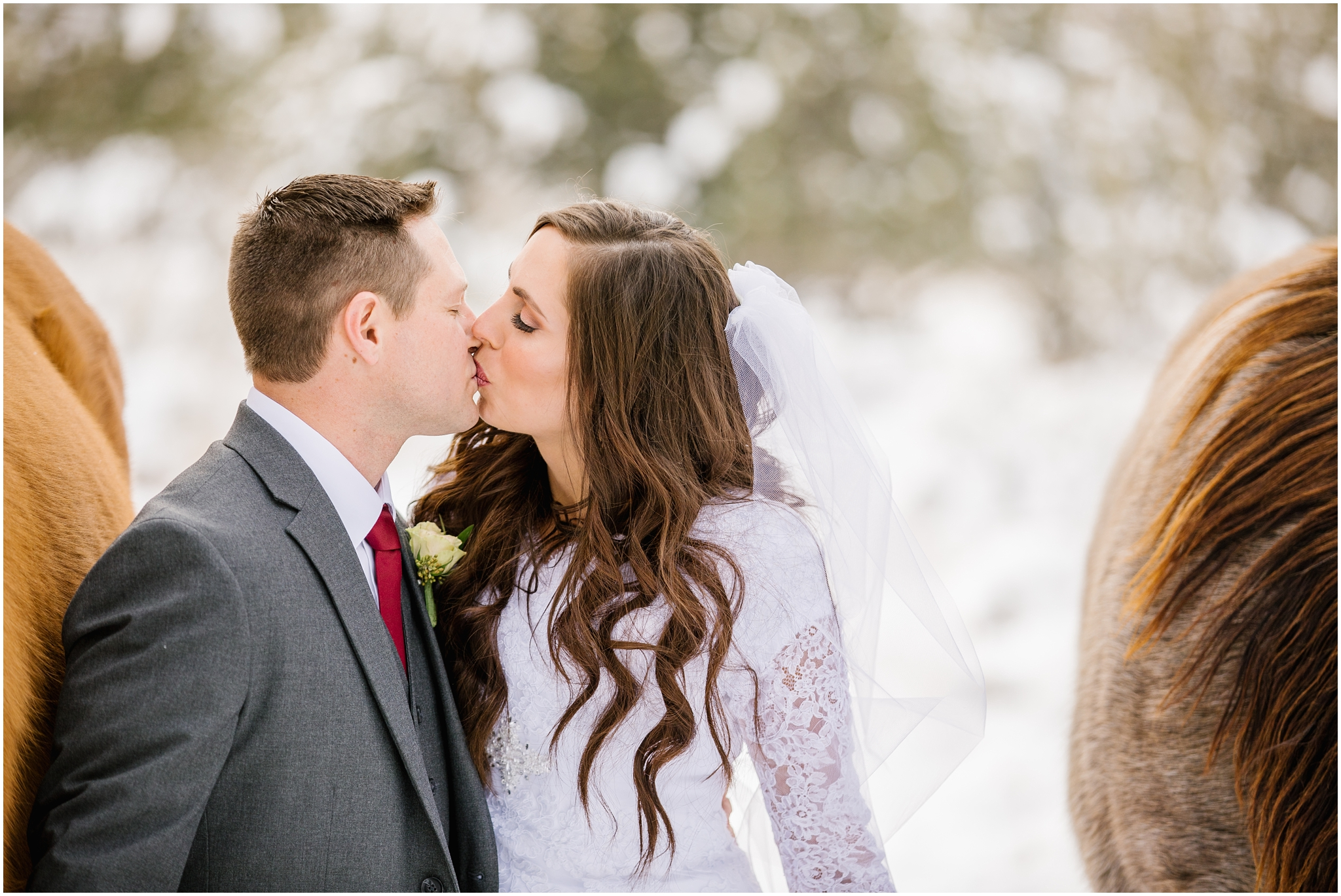 SSBridals-29_Lizzie-B-Imagery-Utah-Wedding-Photographer-Salt-Lake-City-Park-City-Logan-Utah-Temple.jpg