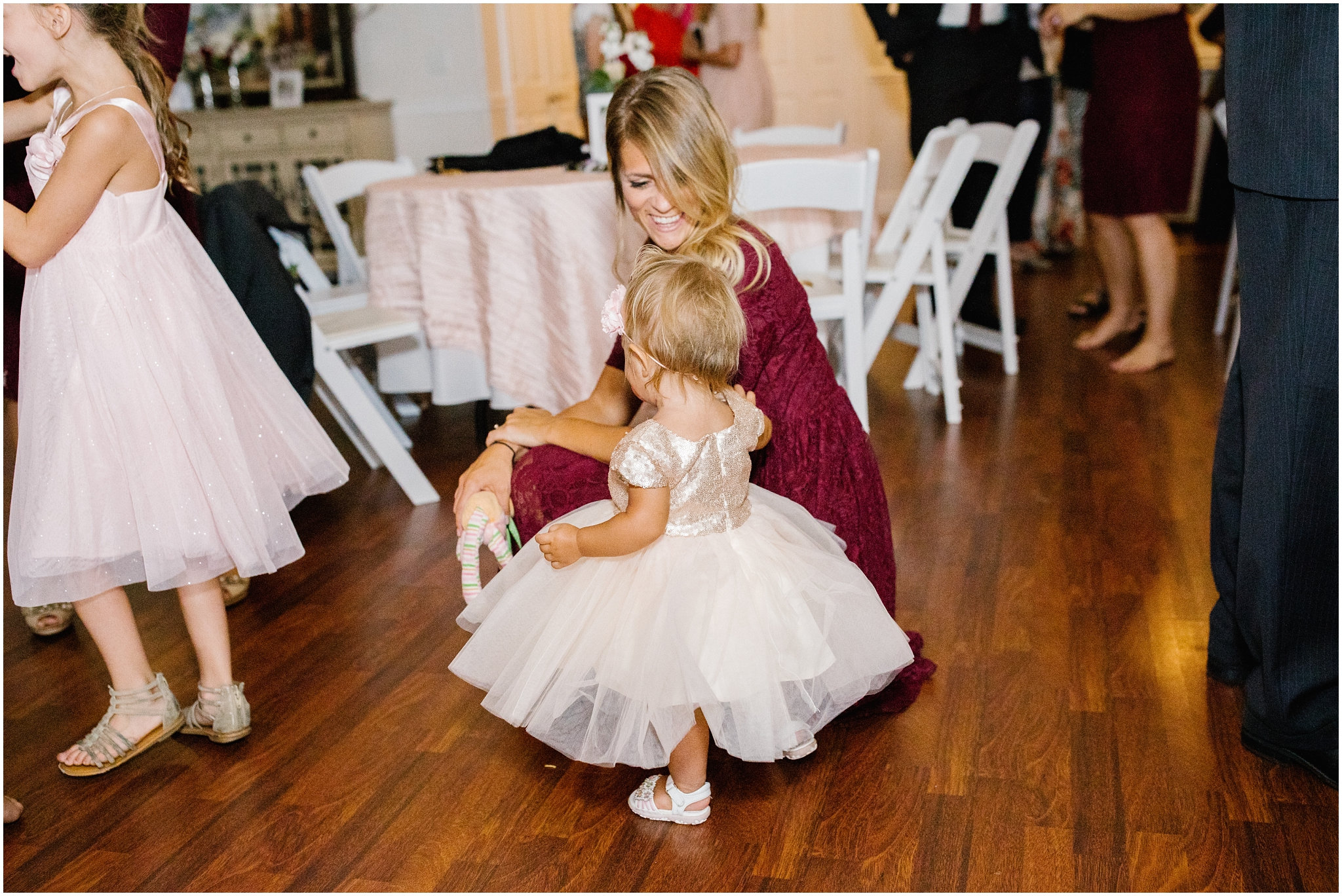 HannahChaseWedding-531_Lizzie-B-Imagery-Utah-Wedding-Photographer-Park-City-Salt-Lake-City-Payson-Temple-Clarion-Garden-Center.jpg