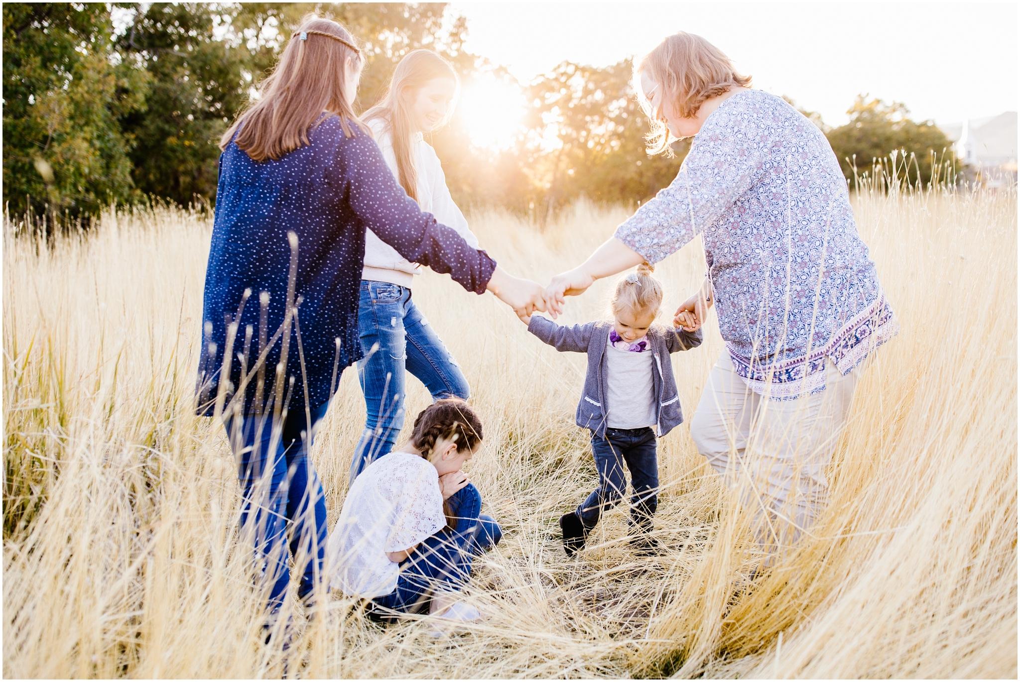 Jaursch-118_Lizzie-B-Imagery-Utah-Family-Photographer-Salt-Lake-City-Park-City-Herriman-Utah-County.jpg