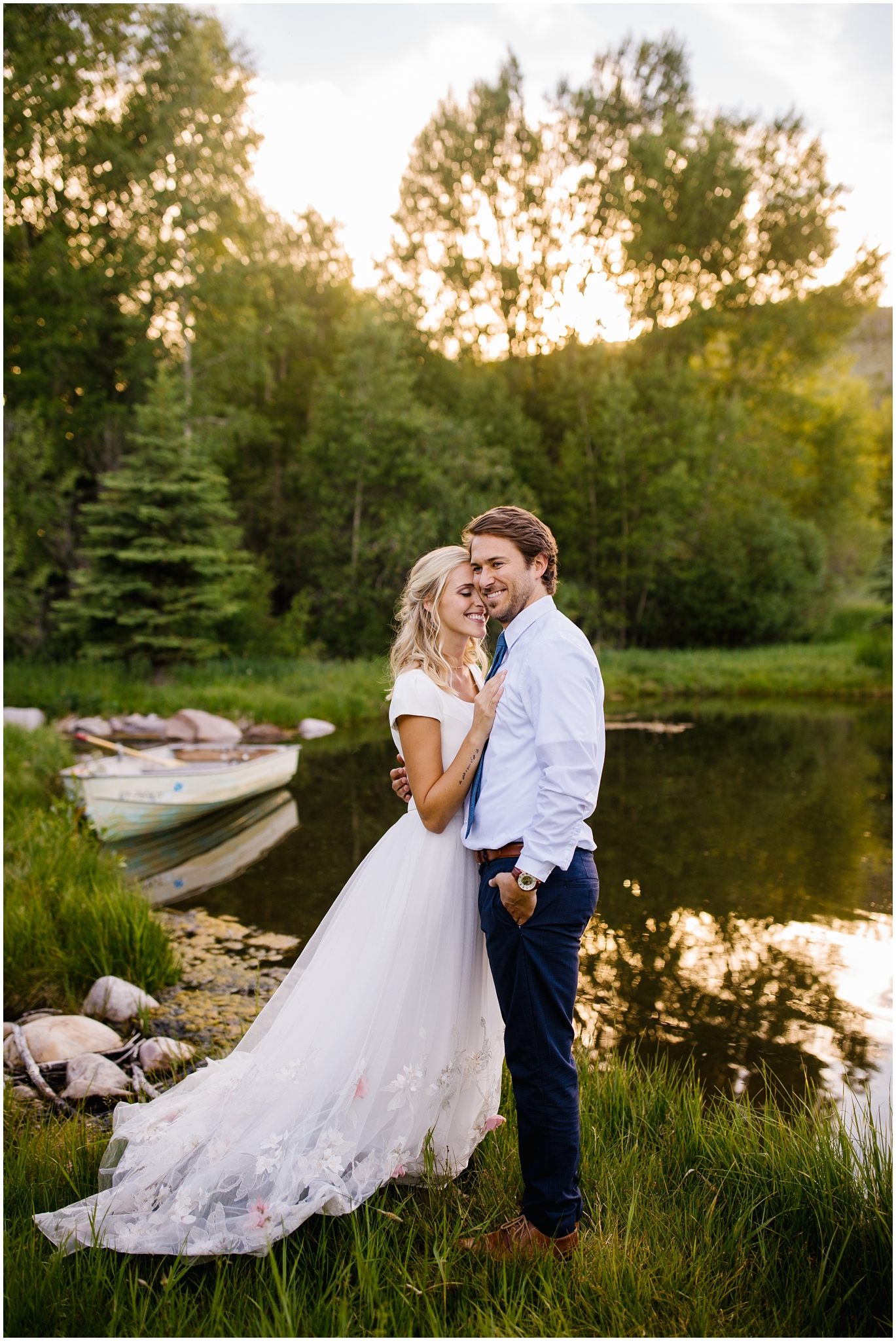 LakeShoot-62_Lizzie-B-Imagery-Utah-Wedding-Photographer-Salt-Lake-City-Park-City-Oakley.jpg