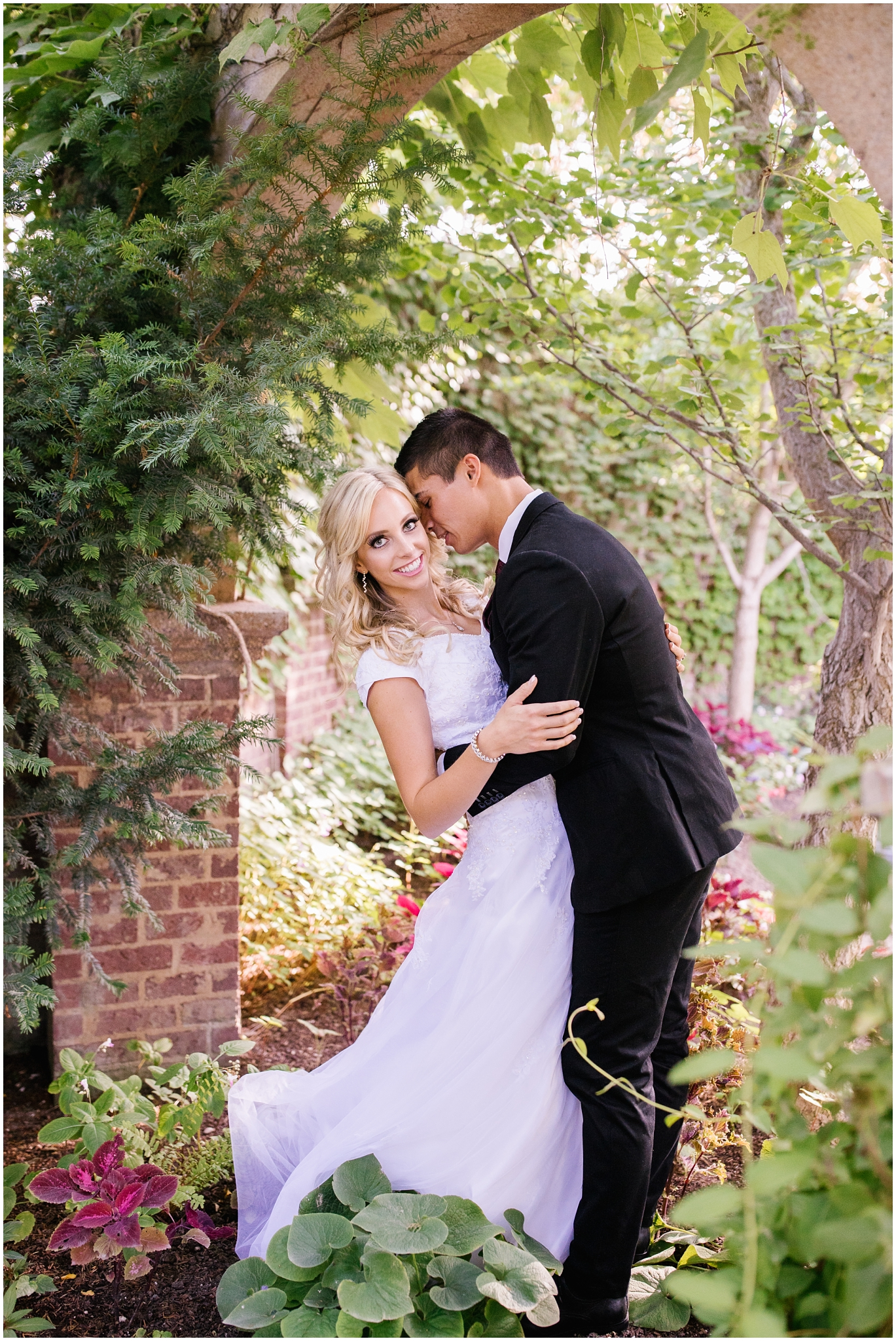 CHBridals-25_Lizzie-B-Imagery-Utah-Wedding-Photographer-Salt-Lake-City-Park-City-Thanksgiving-Point-Ashton-Gardens.jpg