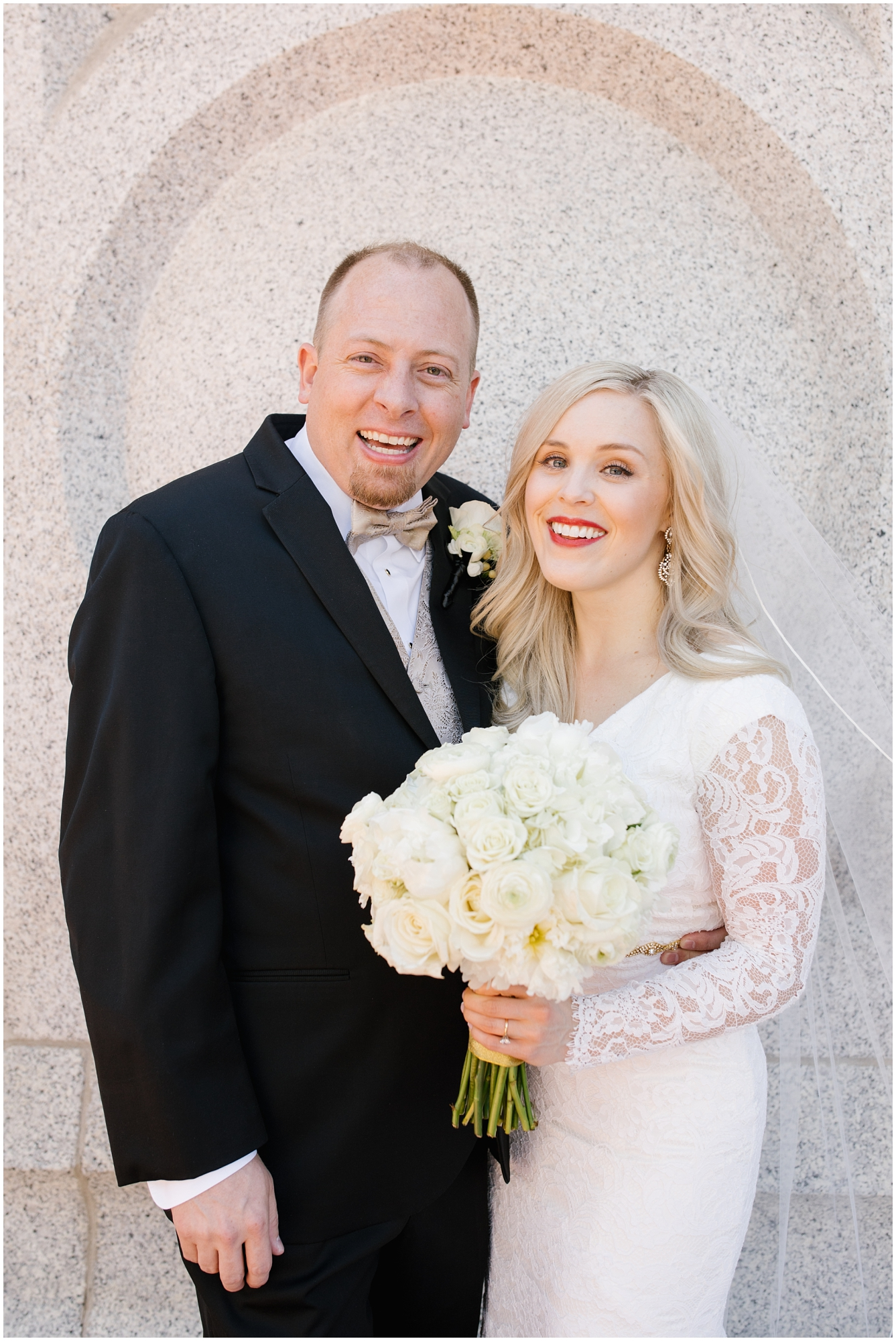 CherylandTyler-165_Lizzie-B-Imagery-Utah-Wedding-Photographer-Park-City-Salt-Lake-City-Temple-Wells-Fargo-Building.jpg