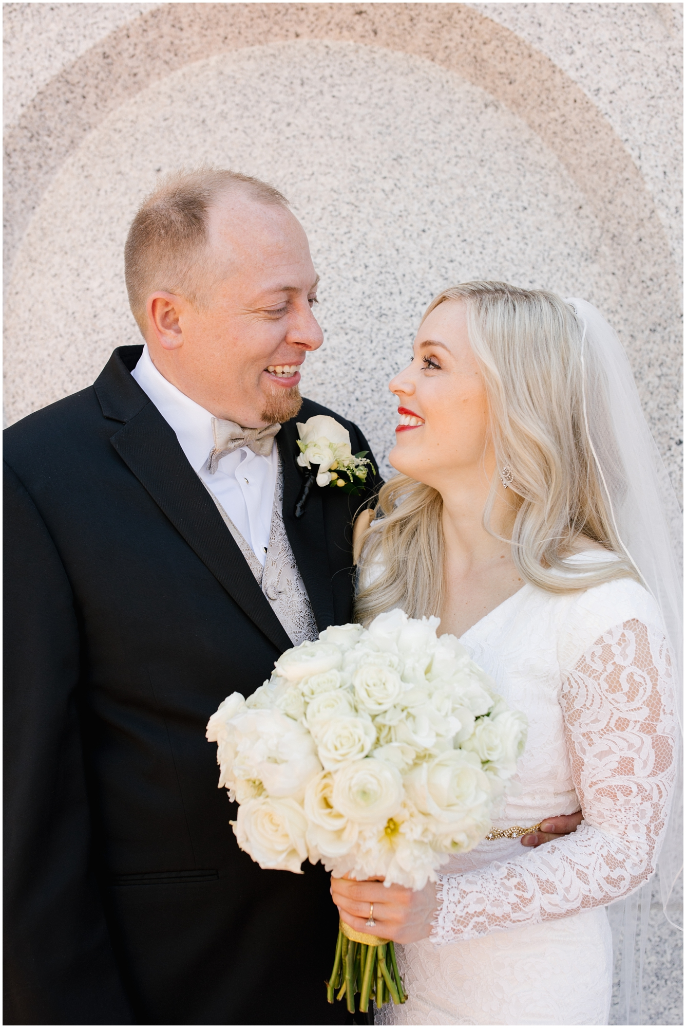 CherylandTyler-166_Lizzie-B-Imagery-Utah-Wedding-Photographer-Park-City-Salt-Lake-City-Temple-Wells-Fargo-Building.jpg
