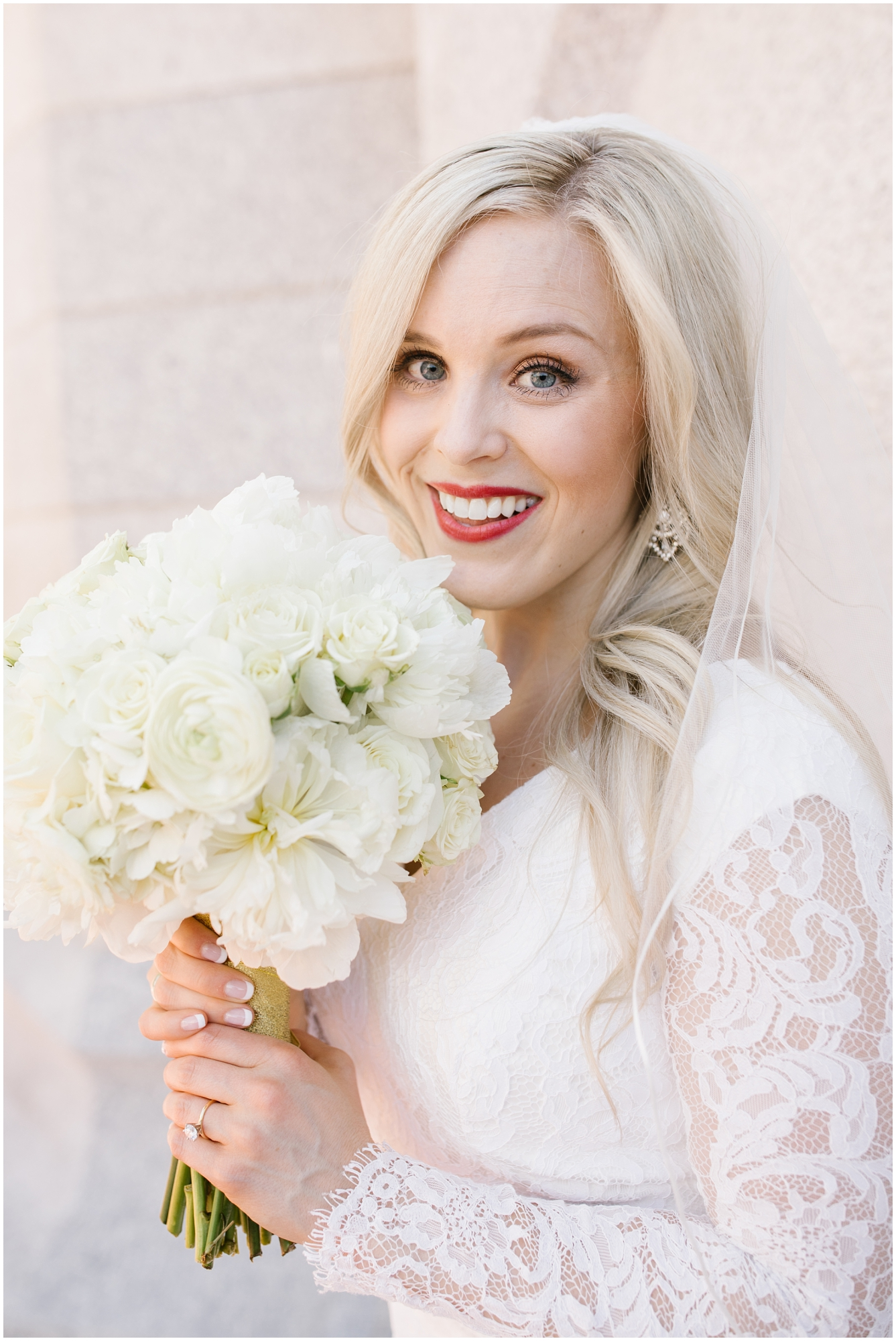 CherylandTyler-175_Lizzie-B-Imagery-Utah-Wedding-Photographer-Park-City-Salt-Lake-City-Temple-Wells-Fargo-Building.jpg