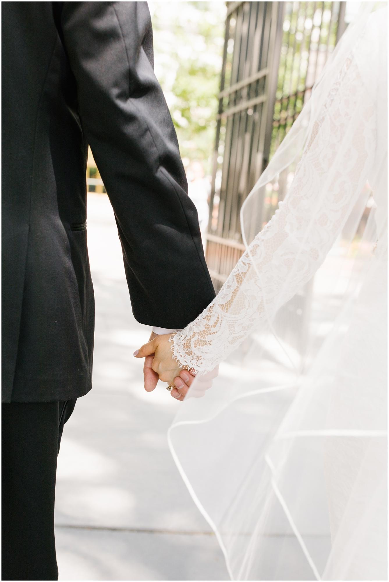 CherylandTyler-215_Lizzie-B-Imagery-Utah-Wedding-Photographer-Park-City-Salt-Lake-City-Temple-Wells-Fargo-Building.jpg