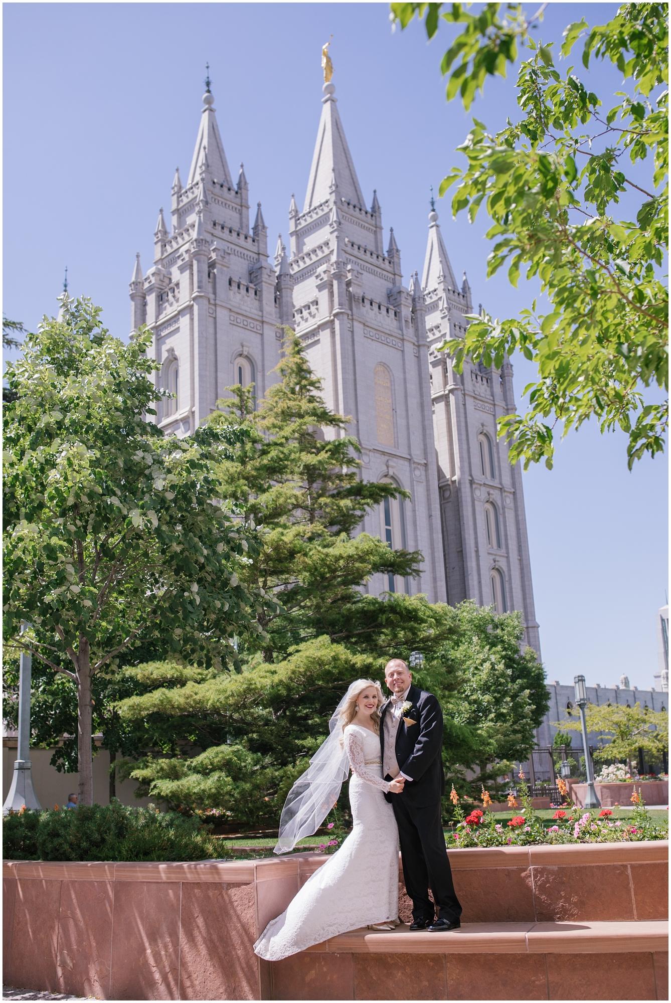 CherylandTyler-221_Lizzie-B-Imagery-Utah-Wedding-Photographer-Park-City-Salt-Lake-City-Temple-Wells-Fargo-Building.jpg