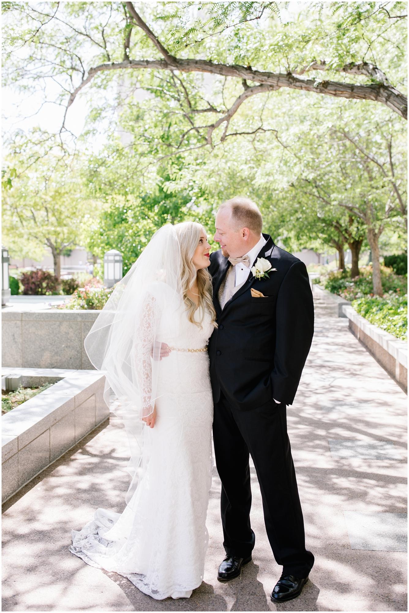 CherylandTyler-319_Lizzie-B-Imagery-Utah-Wedding-Photographer-Park-City-Salt-Lake-City-Temple-Wells-Fargo-Building.jpg