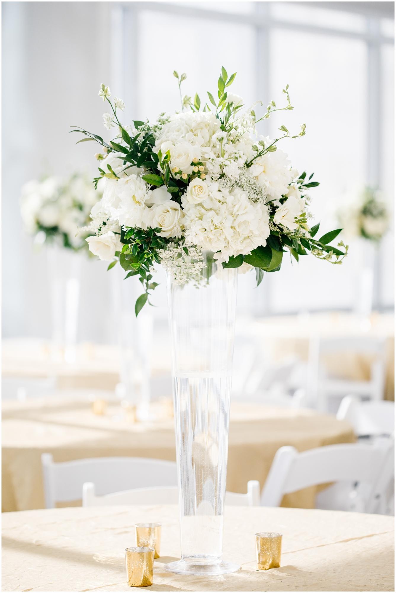 CherylandTyler-335_Lizzie-B-Imagery-Utah-Wedding-Photographer-Park-City-Salt-Lake-City-Temple-Wells-Fargo-Building.jpg