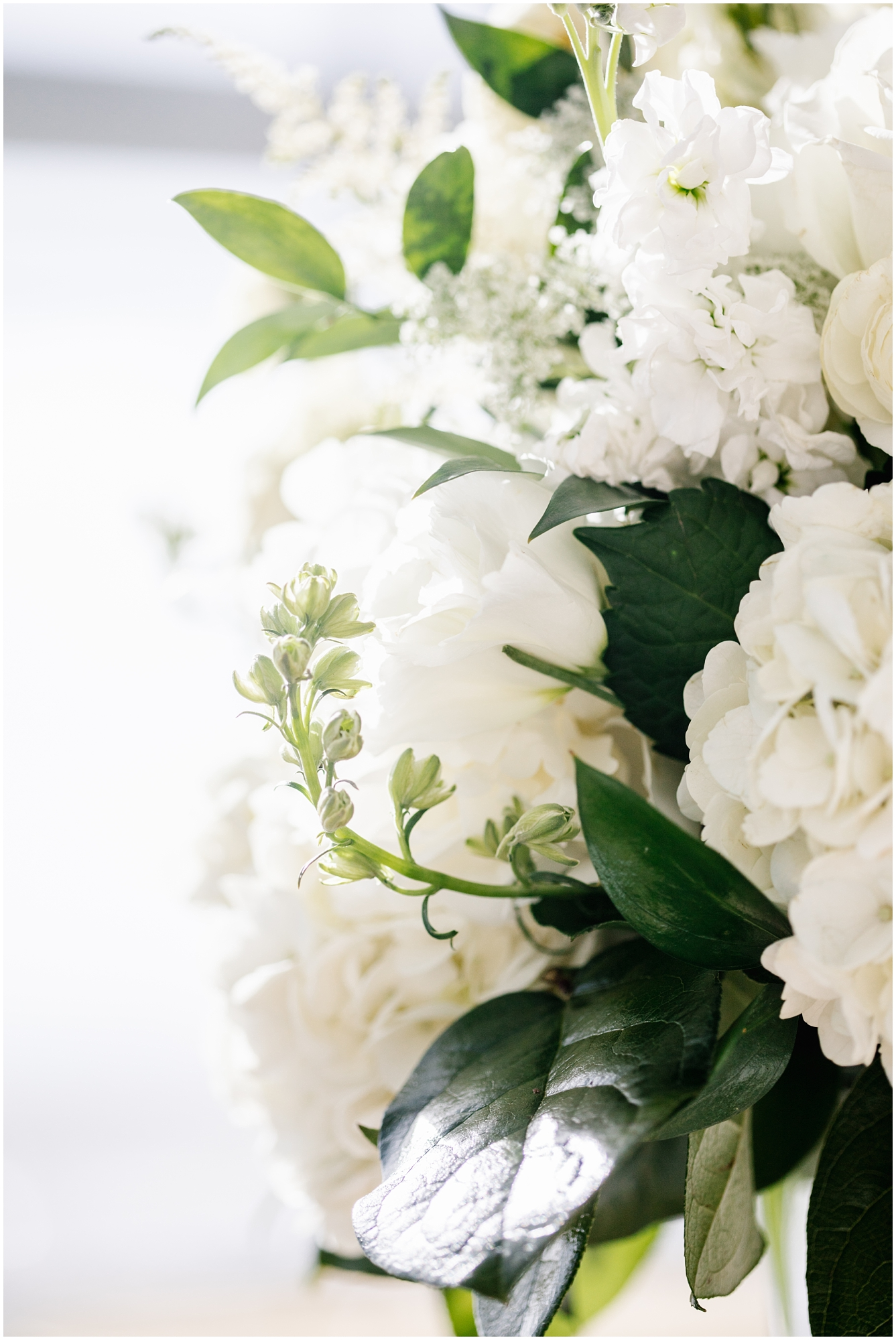 CherylandTyler-337_Lizzie-B-Imagery-Utah-Wedding-Photographer-Park-City-Salt-Lake-City-Temple-Wells-Fargo-Building.jpg