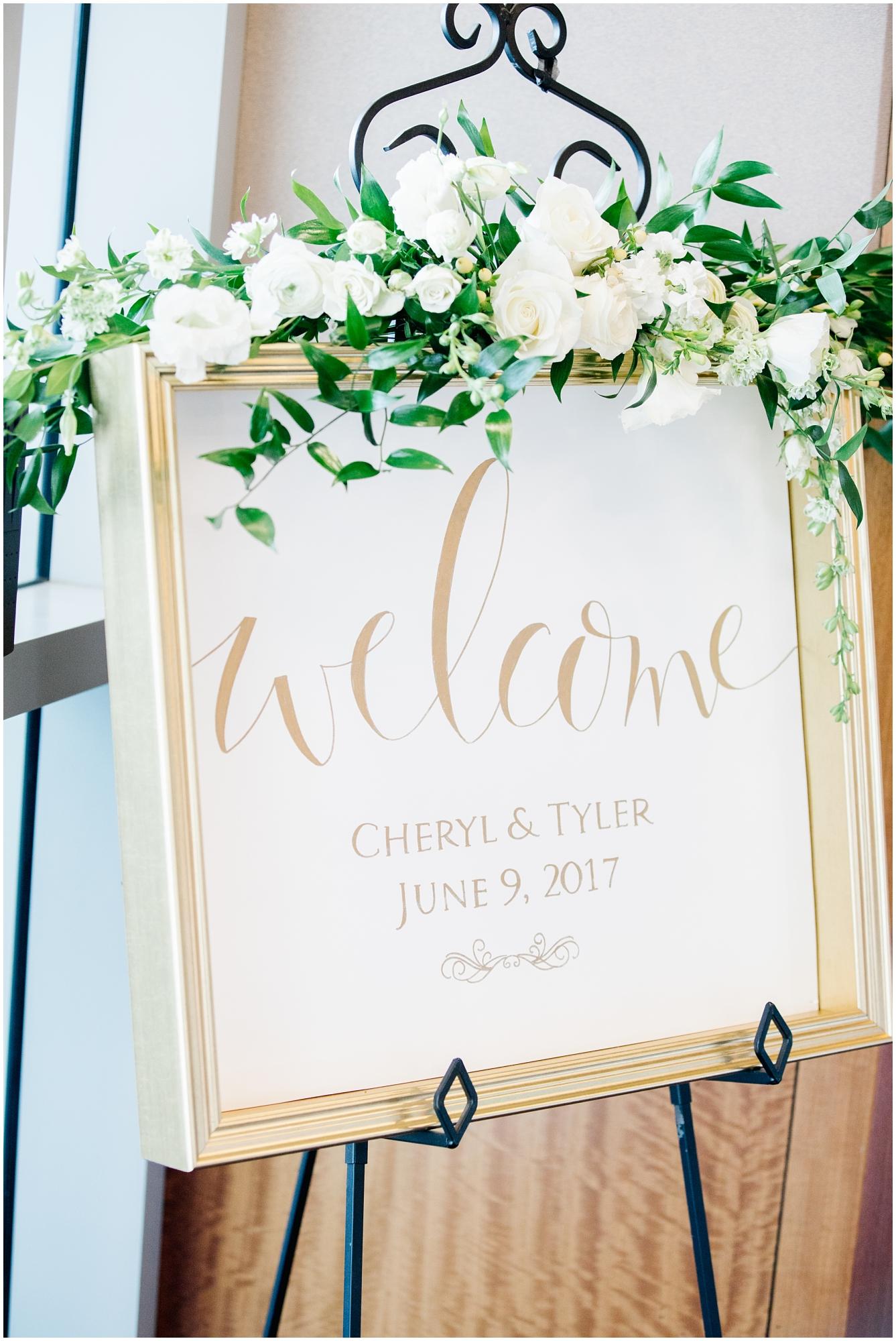 CherylandTyler-503_Lizzie-B-Imagery-Utah-Wedding-Photographer-Park-City-Salt-Lake-City-Temple-Wells-Fargo-Building.jpg