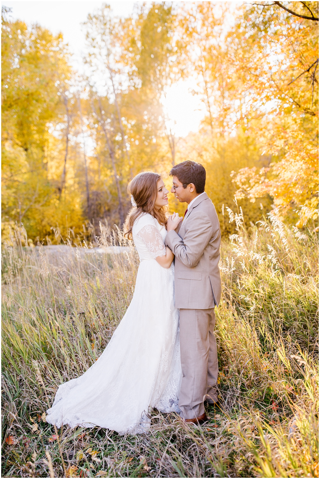 HE-BRIDALS-85_Lizzie-B-Imagery-Utah-Wedding-Photographer-Park-City-Salt-Lake-City-Springville-Utah-Hobble-Creek-Canyon-Jolleys-Ranch.jpg
