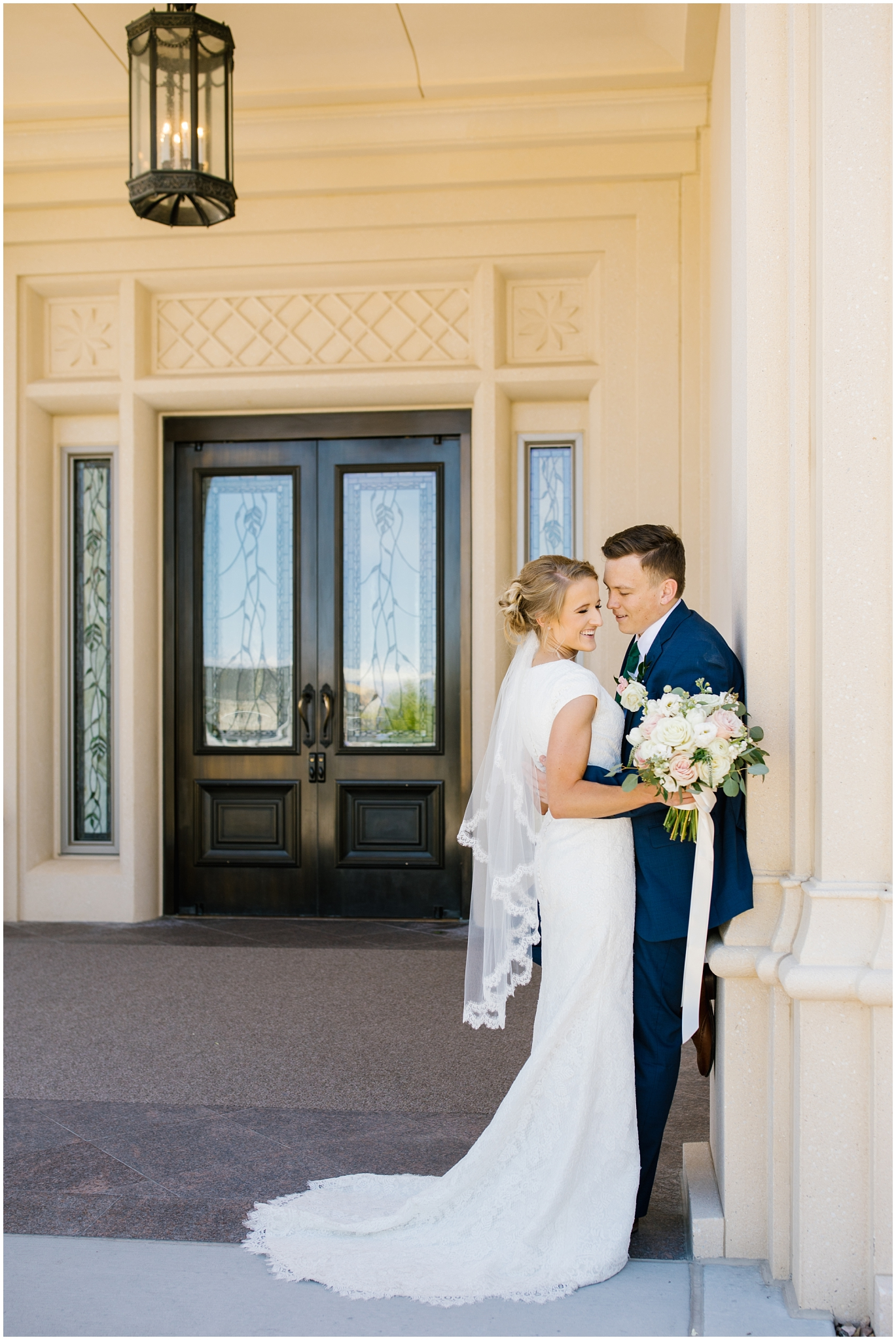 TA-Wedding-148_Lizzie-B-Imagery-Utah-Wedding-Photographer-Park-City-Salt-Lake-City-Thanksgiving-Point-Ashton-Gardens-Lehi-Utah.jpg