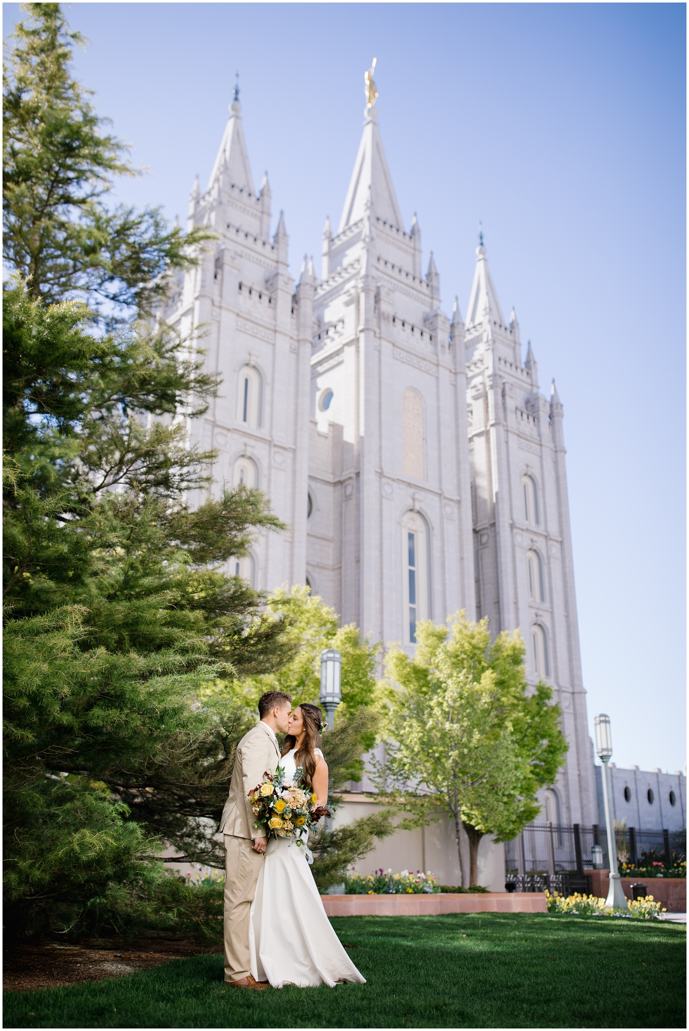 JC-Wedding-203_Lizzie-B-Imagery-Utah-Wedding-Photographer-Park-City-Salt-Lake-City-Temple-Joseph-Smith-Memorial-Building-Empire-Room.jpg
