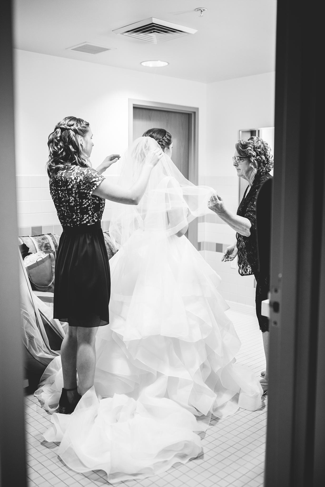 CN-Wedding-21-BW_Lizzie-B-Imagery-Utah-Wedding-Photographer-Blessed-Sacrament-Catholic-Church-Sandy-Utah-The-Blended-Table-Salt-Lake-City.jpg