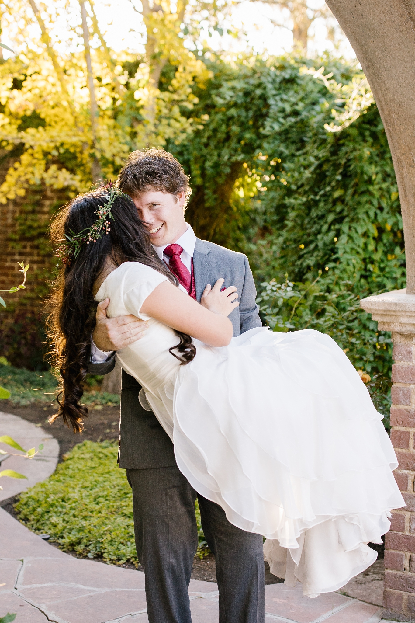 JB-Bridals-12_Lizzie-B-Imagery-Utah-Wedding-Photographer-Thanksgiving-Point-Ashton-Gardens-Lehi-Utah.jpg