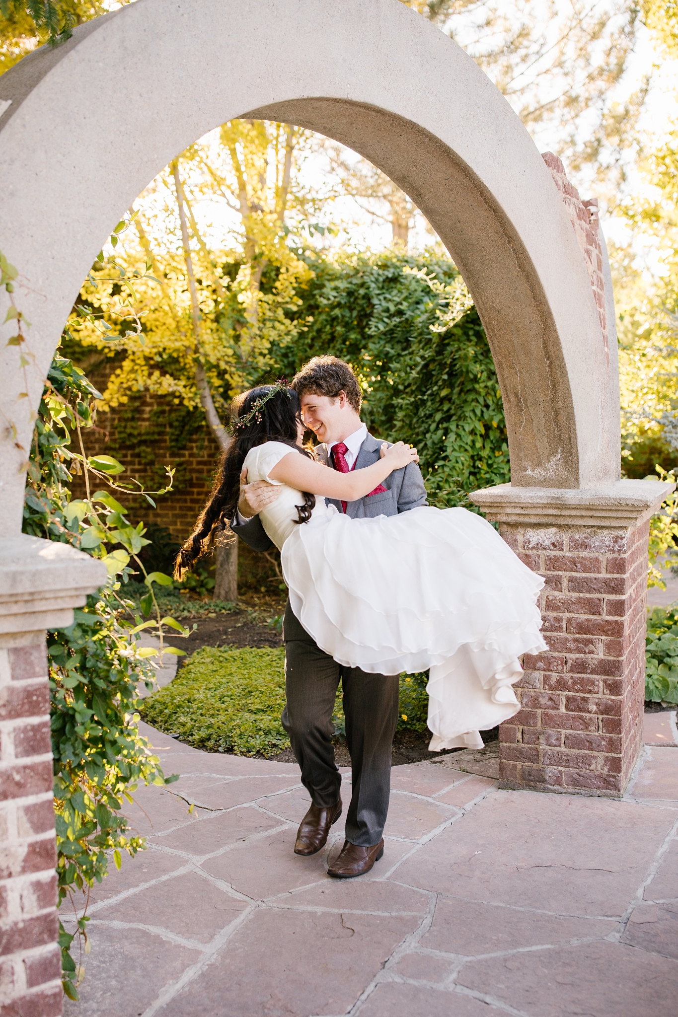 JB-Bridals-13_Lizzie-B-Imagery-Utah-Wedding-Photographer-Thanksgiving-Point-Ashton-Gardens-Lehi-Utah.jpg