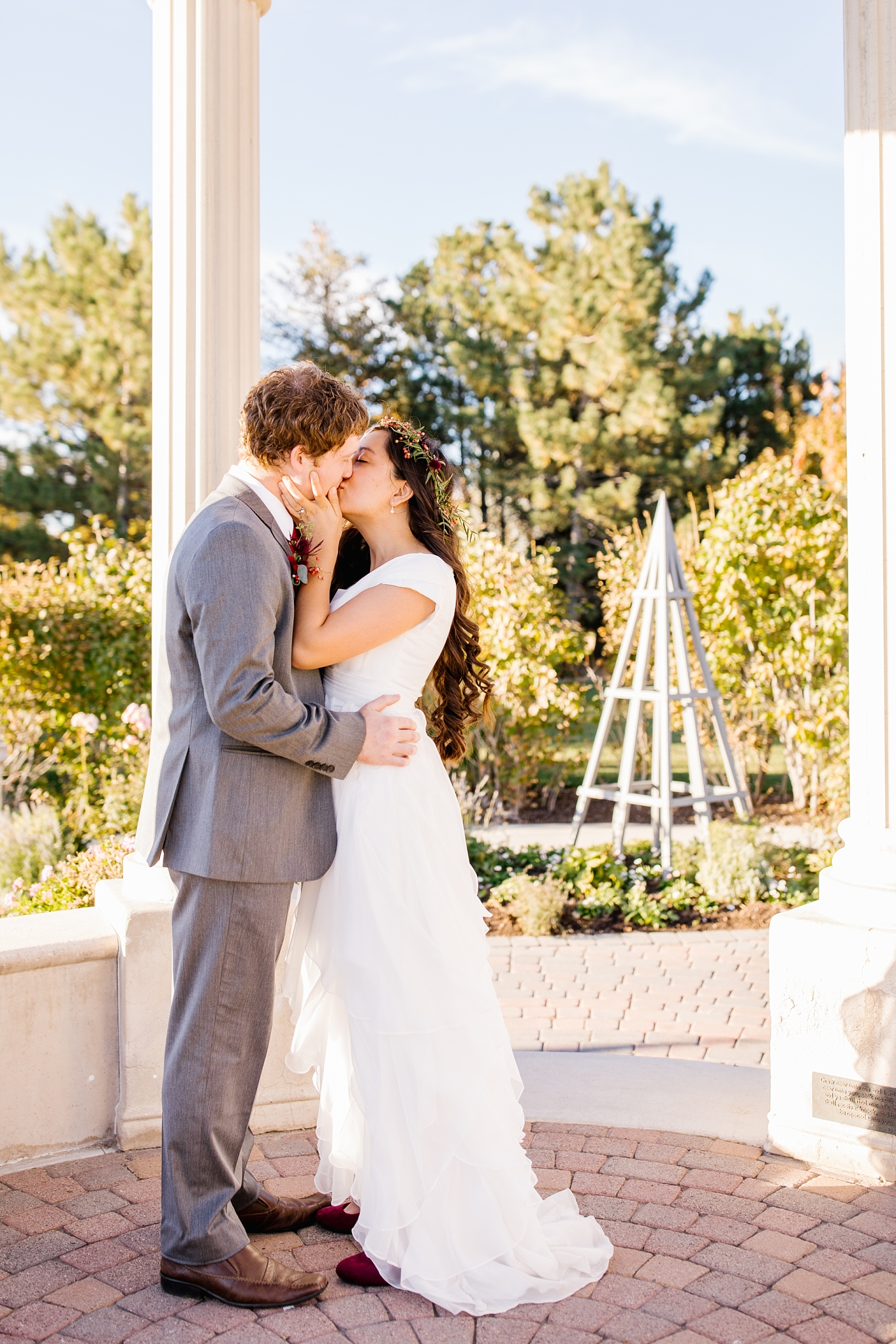 JB-Bridals-59_Lizzie-B-Imagery-Utah-Wedding-Photographer-Thanksgiving-Point-Ashton-Gardens-Lehi-Utah.jpg