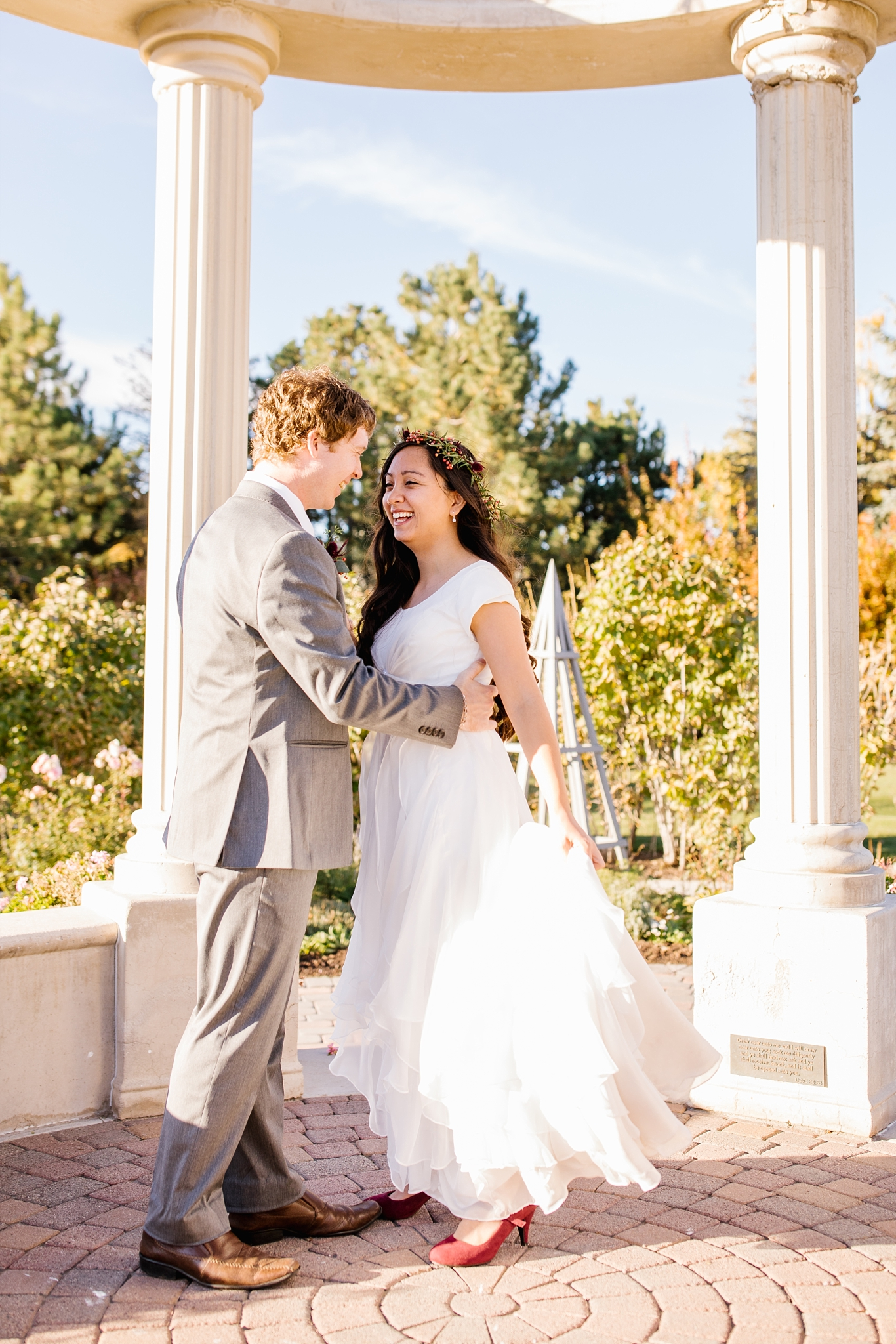 JB-Bridals-64_Lizzie-B-Imagery-Utah-Wedding-Photographer-Thanksgiving-Point-Ashton-Gardens-Lehi-Utah.jpg
