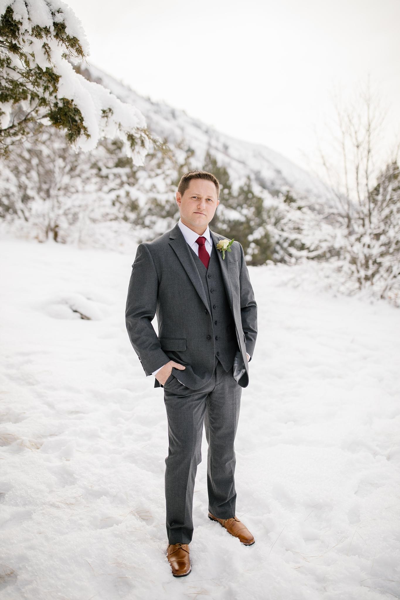 SSBridals-2_Lizzie-B-Imagery-Utah-Wedding-Photographer-Logan-Temple-Logan-Canyon-Mountain-Horse-Session.jpg