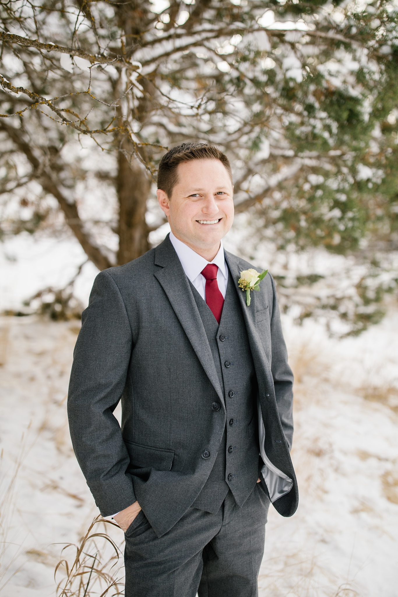 SSBridals-6_Lizzie-B-Imagery-Utah-Wedding-Photographer-Logan-Temple-Logan-Canyon-Mountain-Horse-Session.jpg