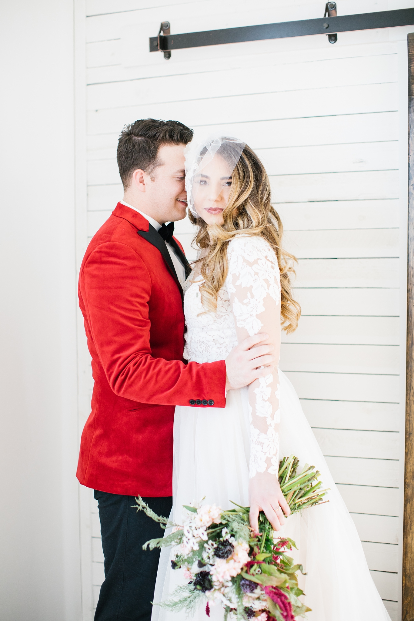 748A1097-Edit-29_Lizzie-B-Imagery-Utah-Wedding-Photographer-Park-City-Wedding-Photographer-The-Loft-Studio-Lehi-Utah.jpg