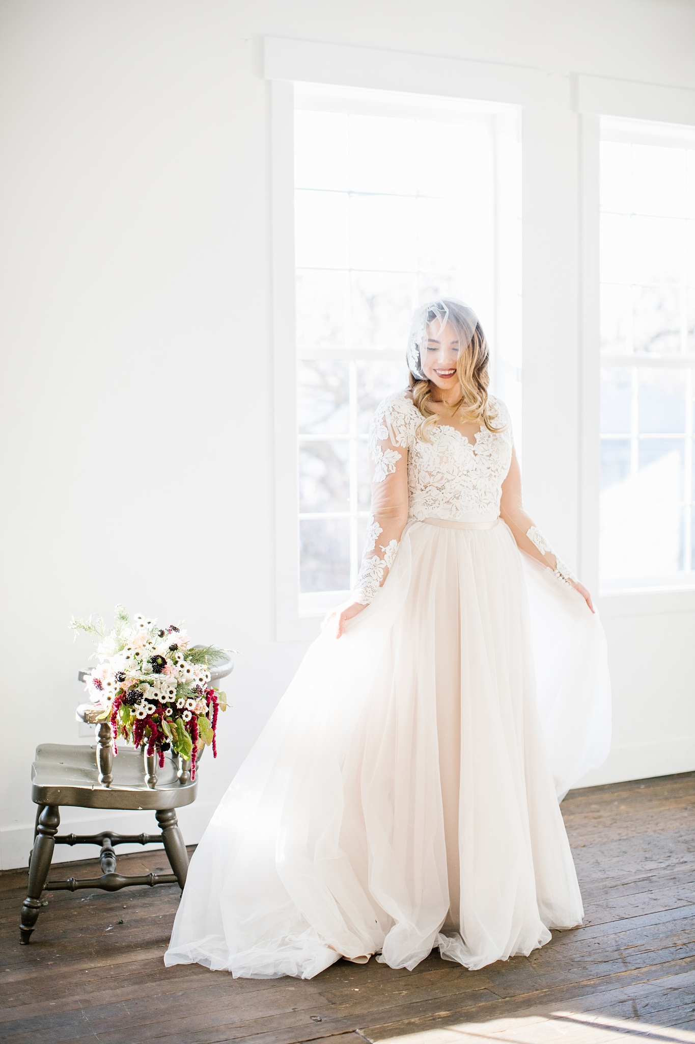 748A1222-Edit-56_Lizzie-B-Imagery-Utah-Wedding-Photographer-Park-City-Wedding-Photographer-The-Loft-Studio-Lehi-Utah.jpg