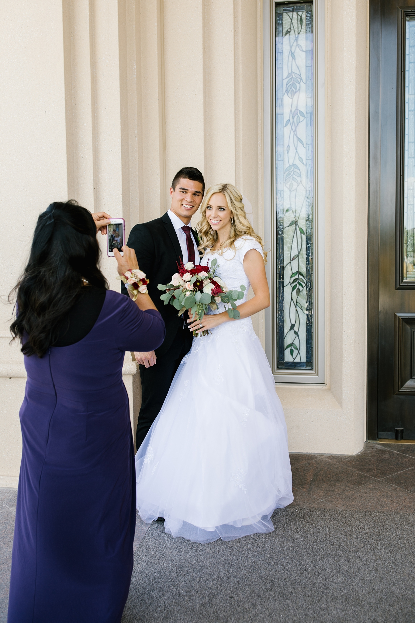 HannahChaseWedding-102_Lizzie-B-Imagery-Utah-Wedding-Photographer-Bridal-Photography-Payson-Utah-Temple-Clarion-Gardens-Catering-and-Events-Center.jpg