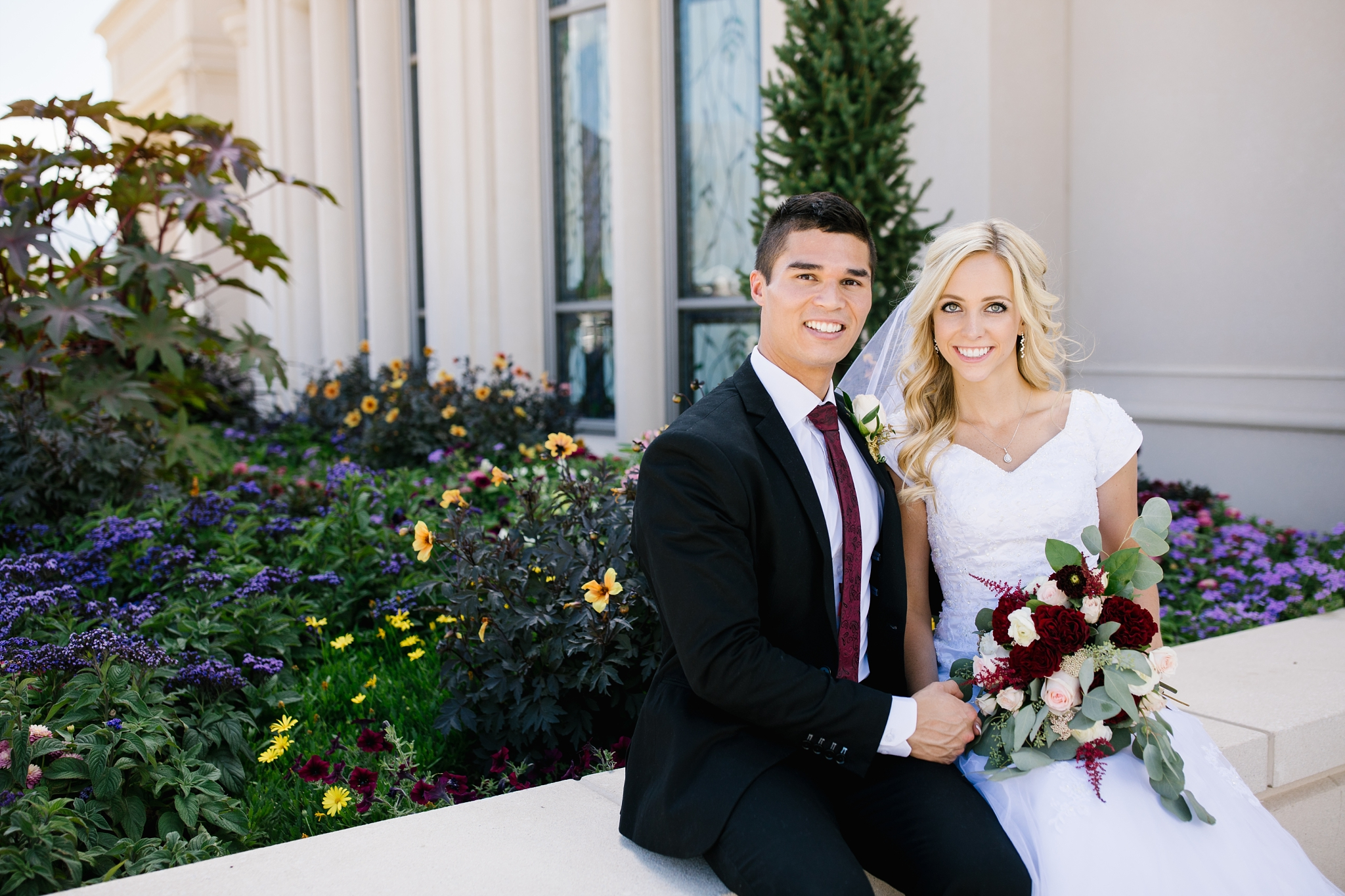 HannahChaseWedding-208_Lizzie-B-Imagery-Utah-Wedding-Photographer-Bridal-Photography-Payson-Utah-Temple-Clarion-Gardens-Catering-and-Events-Center.jpg