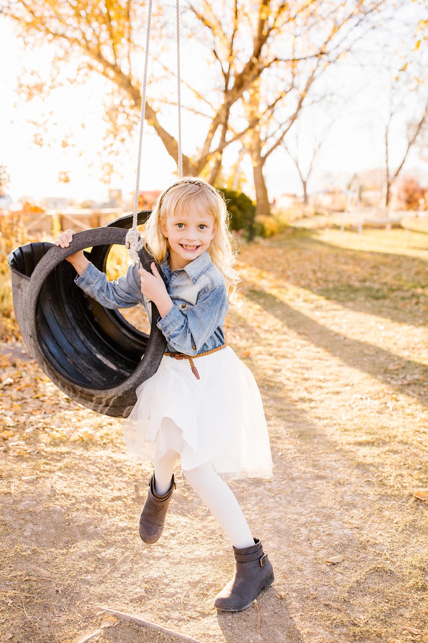 Mickelsen-22_Lizzie-B-Imagery-Utah-Family-Photographer-Lifestyle-Photography-Salt-Lake-City-Park-City-Utah-County.jpg