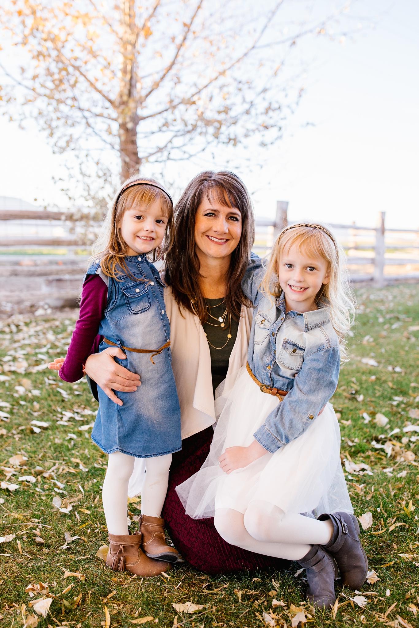 Mickelsen-37_Lizzie-B-Imagery-Utah-Family-Photographer-Lifestyle-Photography-Salt-Lake-City-Park-City-Utah-County.jpg