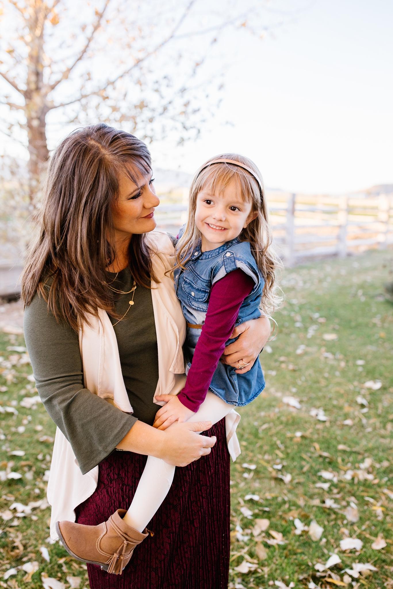 Mickelsen-43_Lizzie-B-Imagery-Utah-Family-Photographer-Lifestyle-Photography-Salt-Lake-City-Park-City-Utah-County.jpg