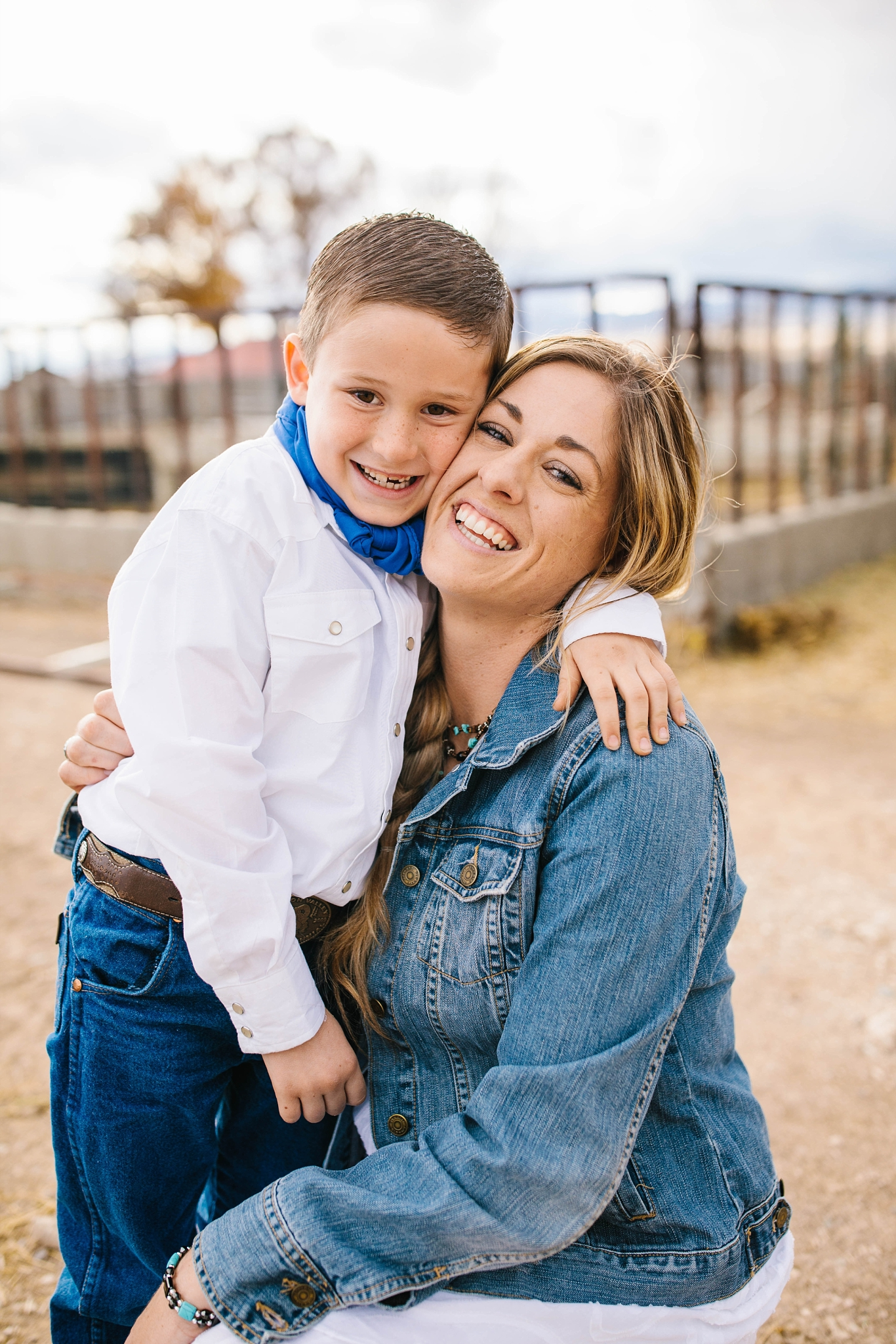 Lister-54_Lizzie-B-Imagery-Utah-Family-Photographer-Lifestyle-Photography-Salt-Lake-City-Park-City-Utah-County-Farm-Family-Session.jpg