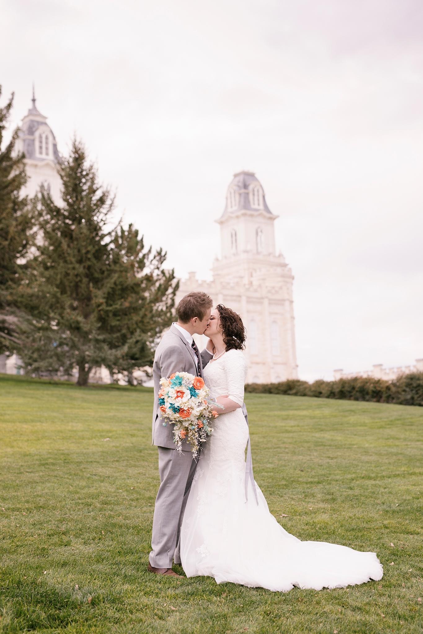 BA-Bridals-44_Lizzie-B-Imagery-Utah-Wedding-Photographer-Engagement-Photography-Salt-Lake-City-Park-City-Utah-County-Manti-Utah-Temple.jpg