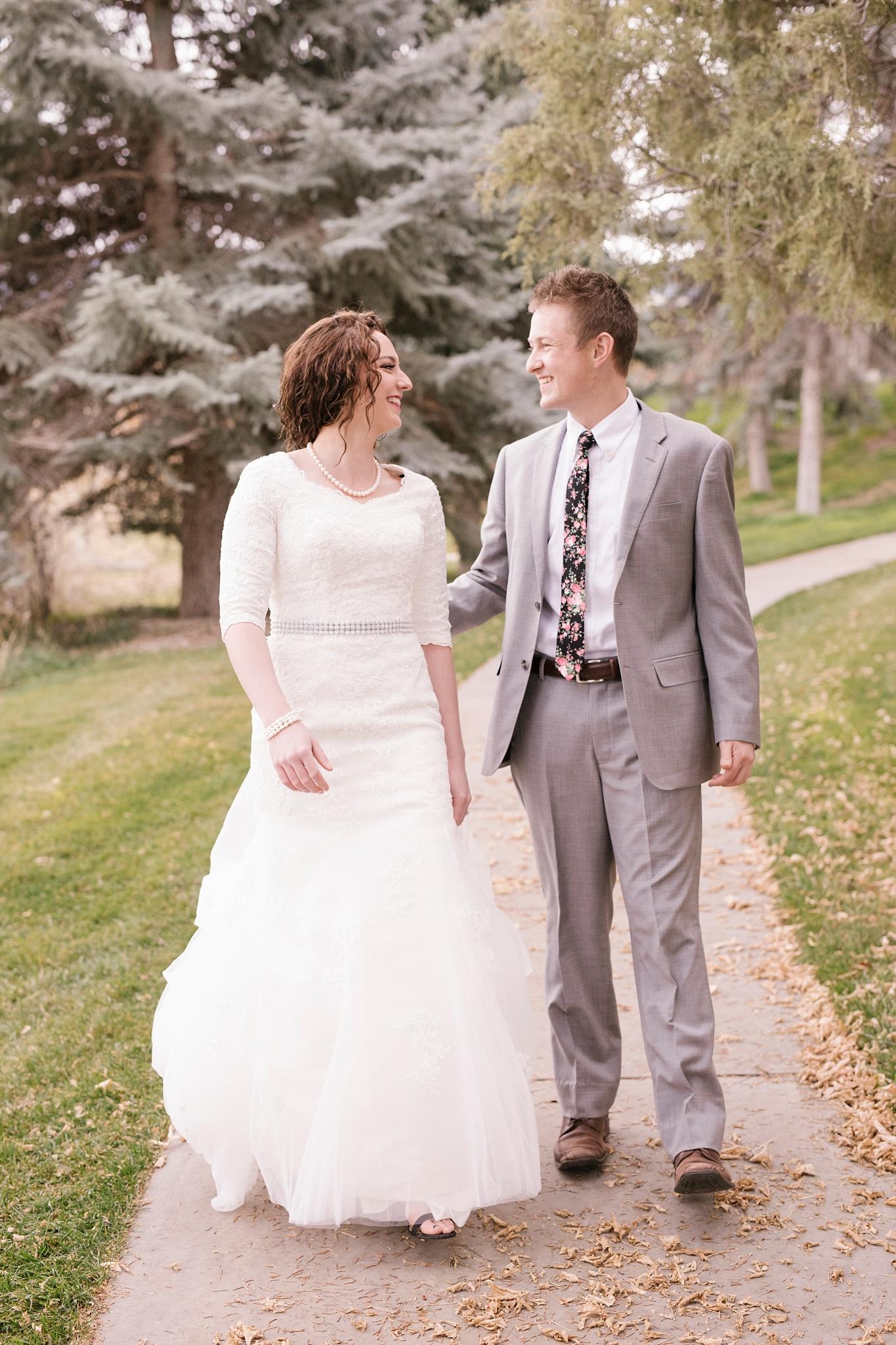 BA-Bridals-45_Lizzie-B-Imagery-Utah-Wedding-Photographer-Engagement-Photography-Salt-Lake-City-Park-City-Utah-County-Manti-Utah-Temple.jpg