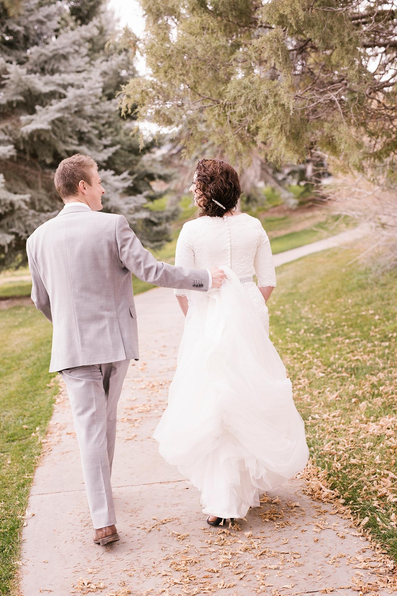 BA-Bridals-46_Lizzie-B-Imagery-Utah-Wedding-Photographer-Engagement-Photography-Salt-Lake-City-Park-City-Utah-County-Manti-Utah-Temple.jpg