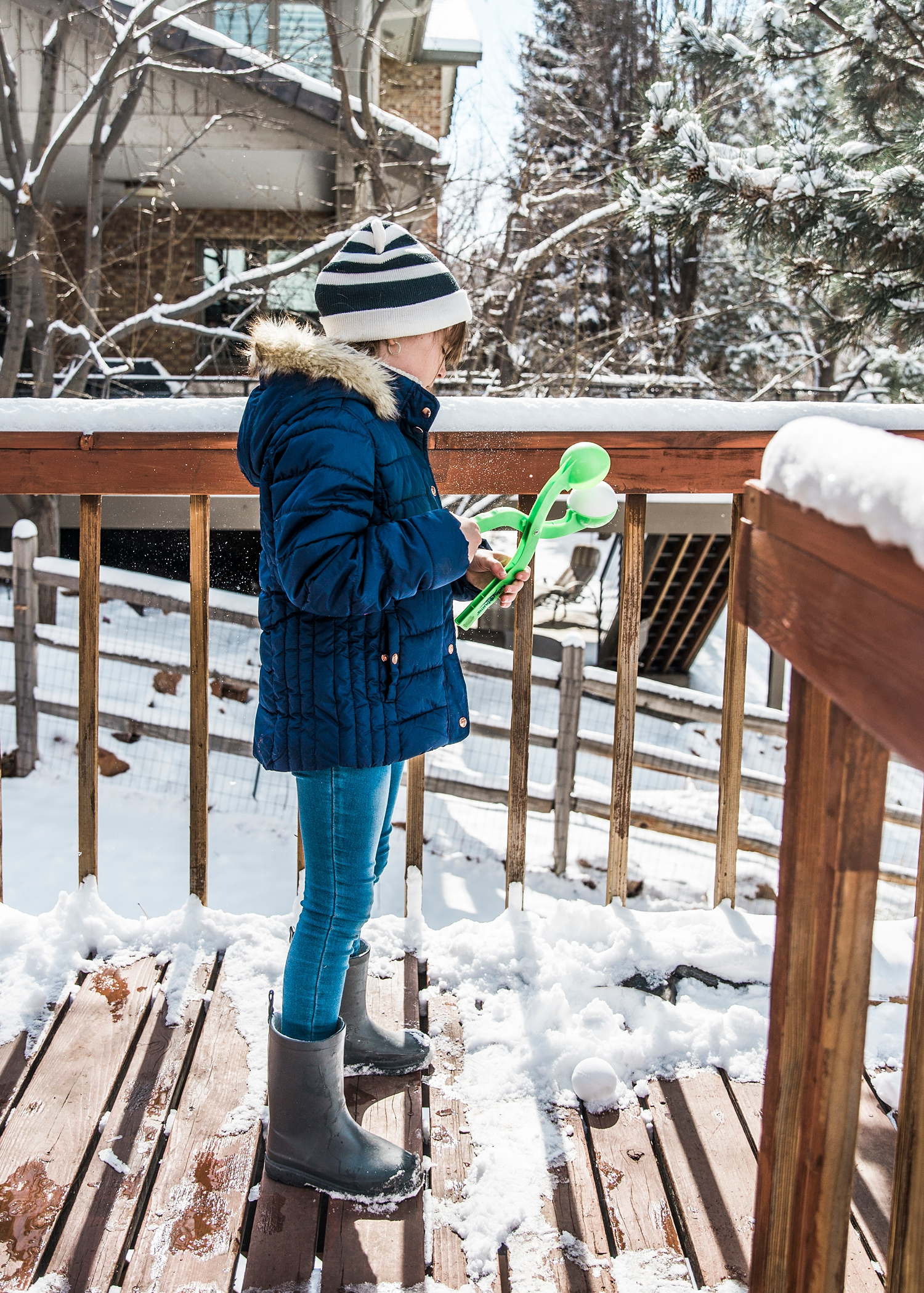Ever wonder what unshcooling looks like? Go check out this photo diary: A Week in the Life of an Unschooler |Getting Unschooled is a family lifestyle blog about unschooling, over-40 style, and non-toxic beauty. Thanks for pinning!