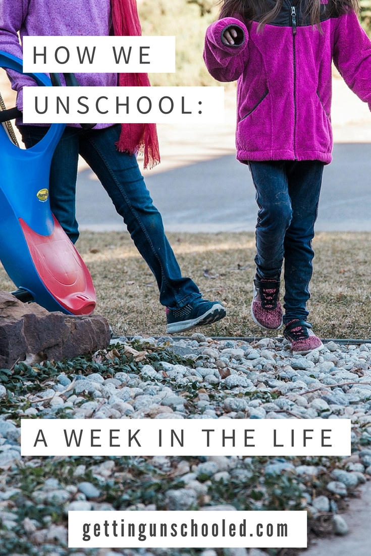 Take a peek behind the scenes of a beginner unschooling family in Denver, Colorado! This is a photo diary of a Week in the LIfe of an Unschooler :) |Getting Unschooled is a family lifestyle blog about unschooling, over-40 style, and non-toxic beauty. Thanks for pinning!