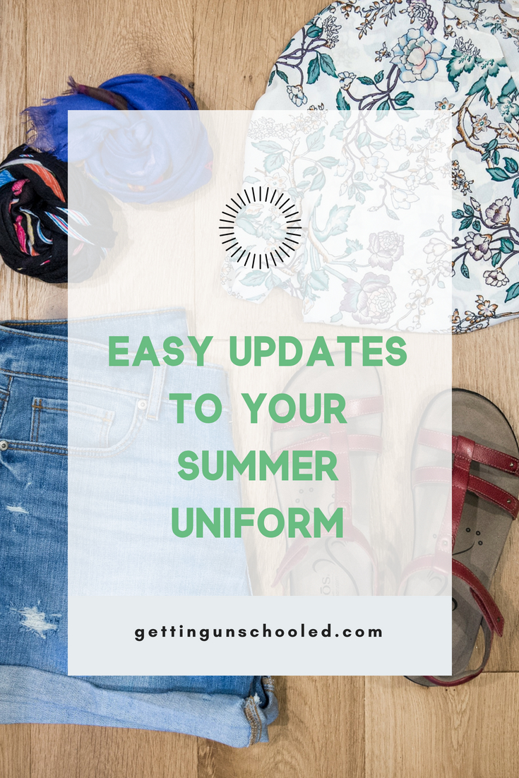 """I made 4 easy changes to my usual summer wardrobe and WOW! What a difference :) Quickly update your mom style and look cute in today's post, How to Quickly Update Your Summer Outfits for Women Over 40"""". Good stuff!! 