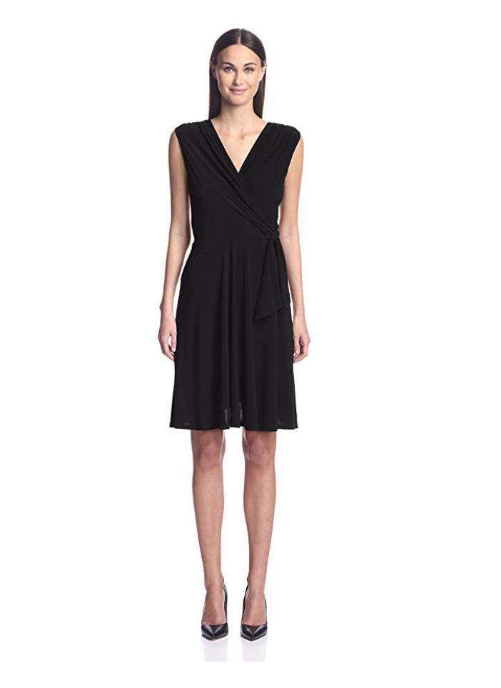 A beautiful sleeveless, v-neck black dress from Amazon Fashion's Society New York workwear line. #amazonwomenclothing