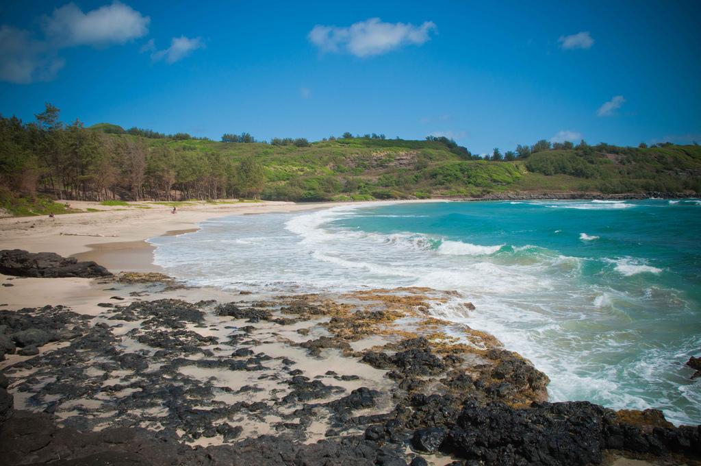 Kahili-Beach.jpg
