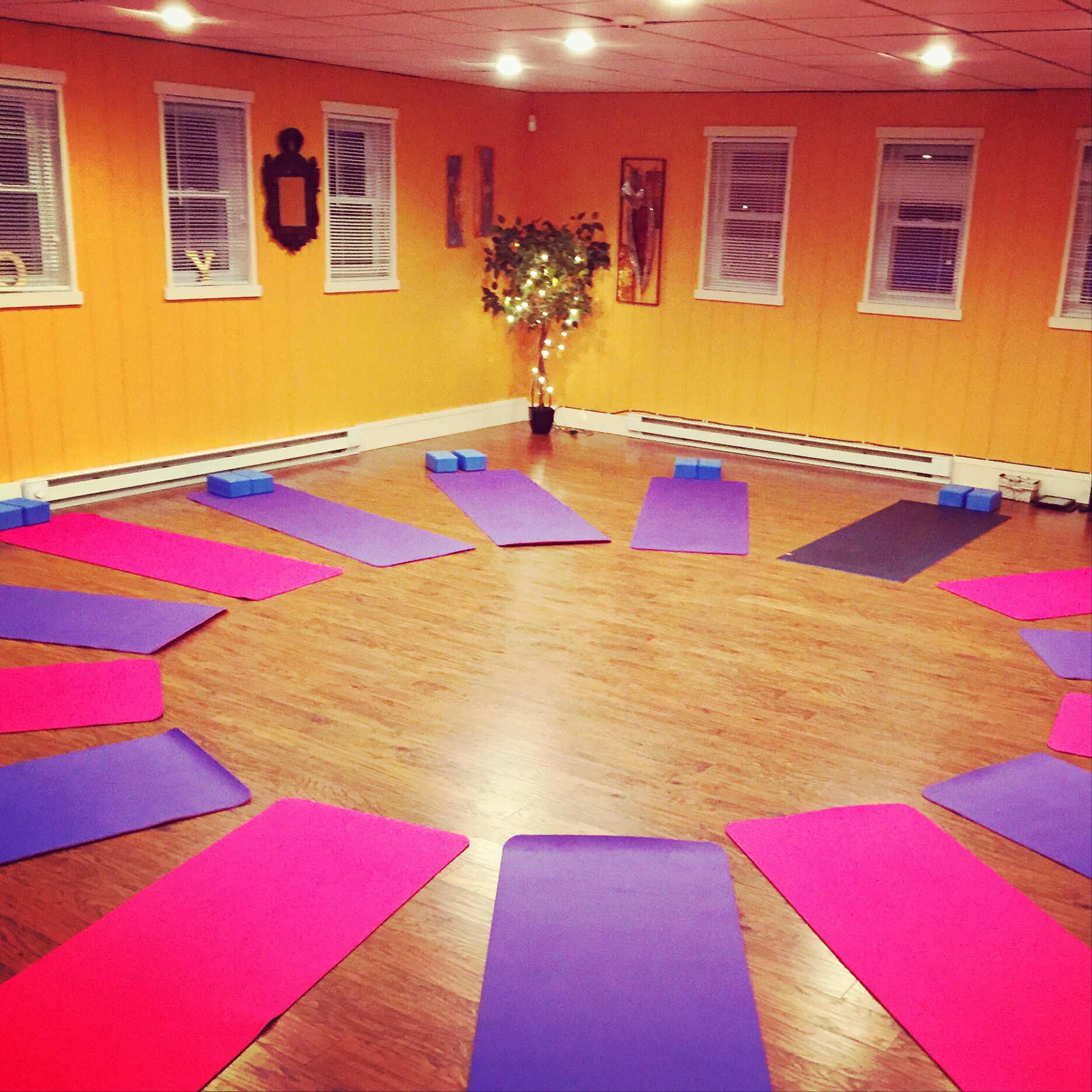 Kids studio classes - Tuesday, 6PM and Saturday, 11AM