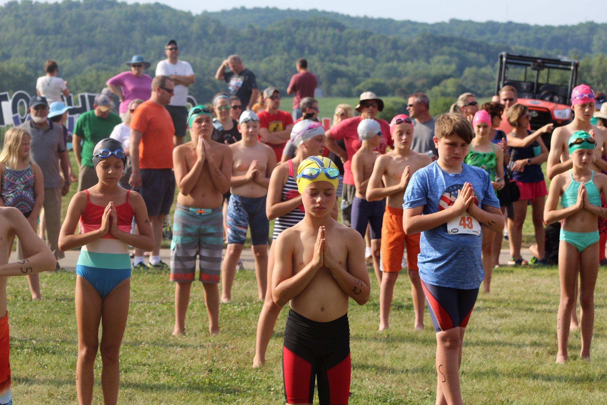 Butterfly Kids Yoga for Athletes led the pre-race stretching for Perinton's Youth Triathlon this weekend! Over 70 kids stretched, and then swam, biked and ran to the finish line — amazing job athletes! Thank you to Dennis from our Yoga for Athletes team for giving everyone a great stretch to help them be their best!