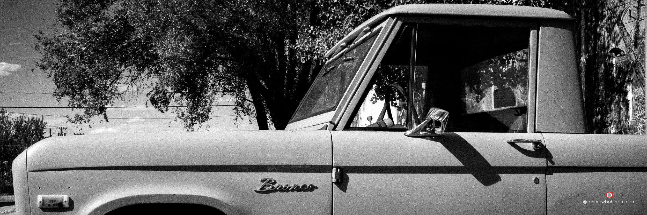 Ford Bronco B&W.jpg