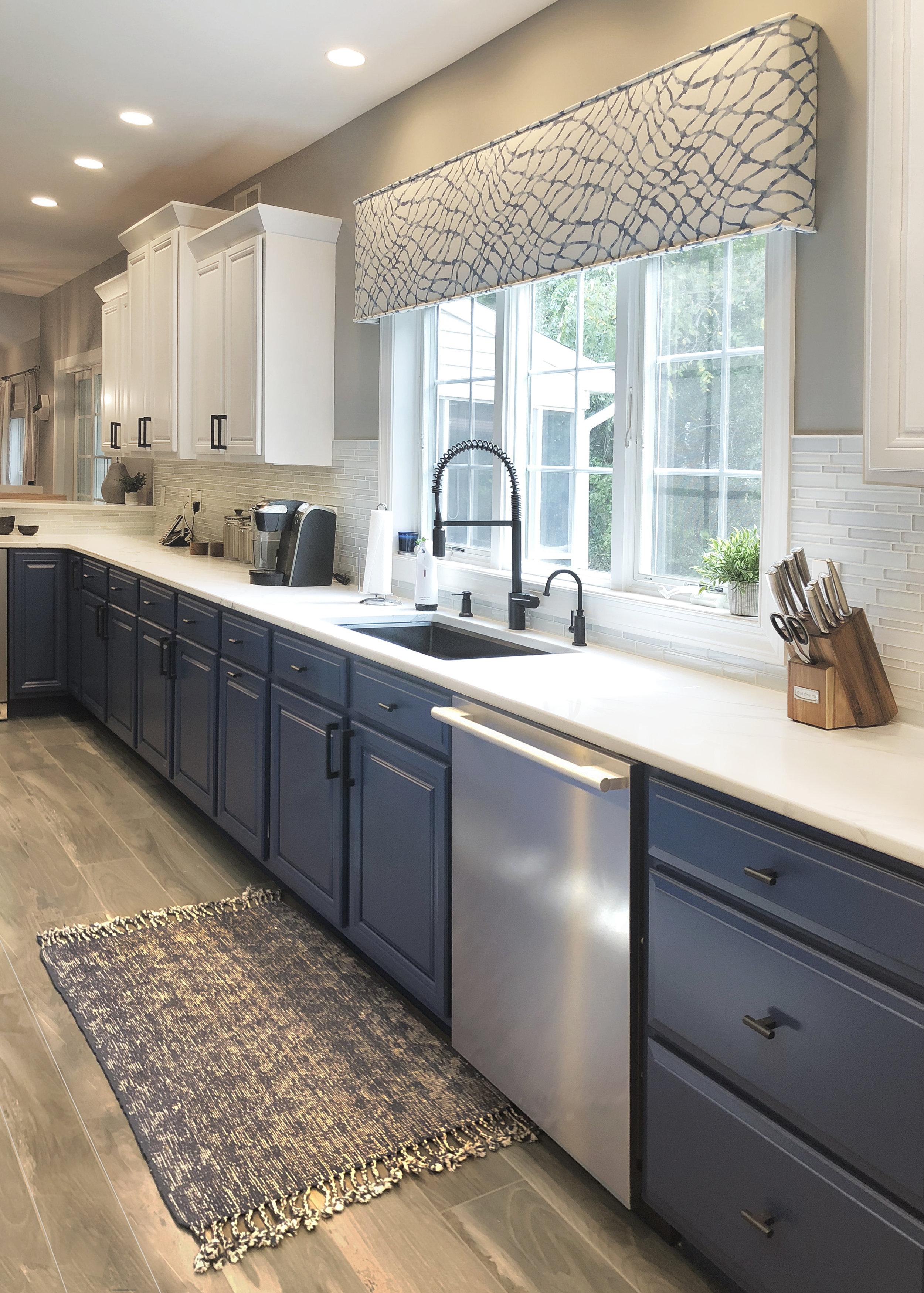 Modern-Kitchen_0374_2.jpg