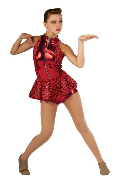 - JAZZJazz in dance technique combined with control and strength from ballet. The class has upbeat music from popular dance music and videos. This is a great class to express your feeling with high energy.