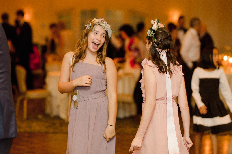 brides-sisters-dancing