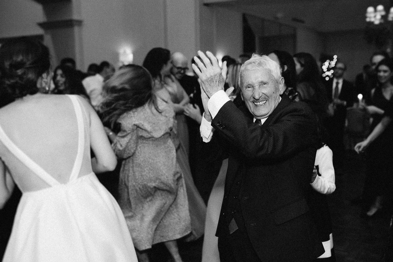 grandpa-dancing-at-reception