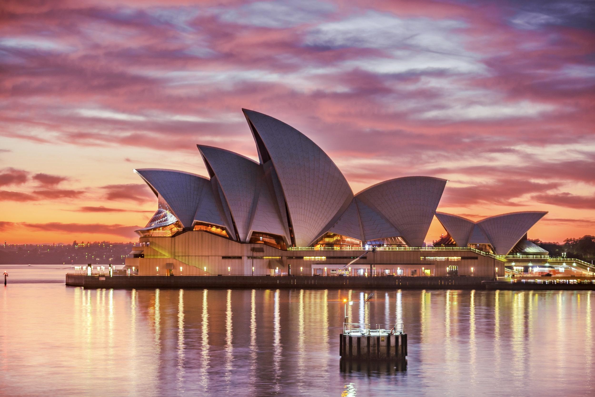 AUSTRALIA - Commonwealth of