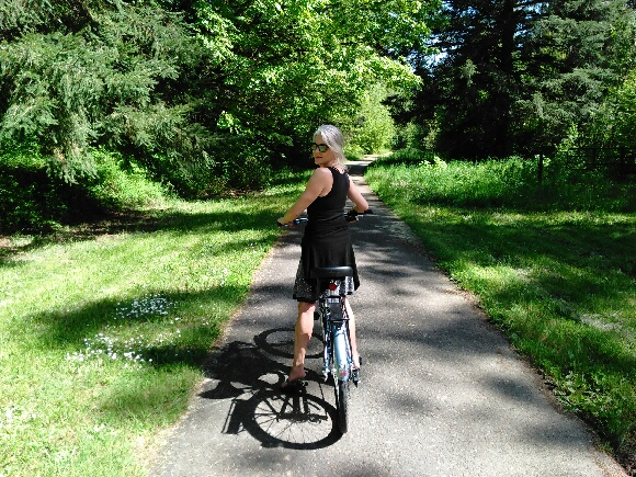 Banks to Vernonia, Rails to Trails Bike Path goes through The Retreat Property