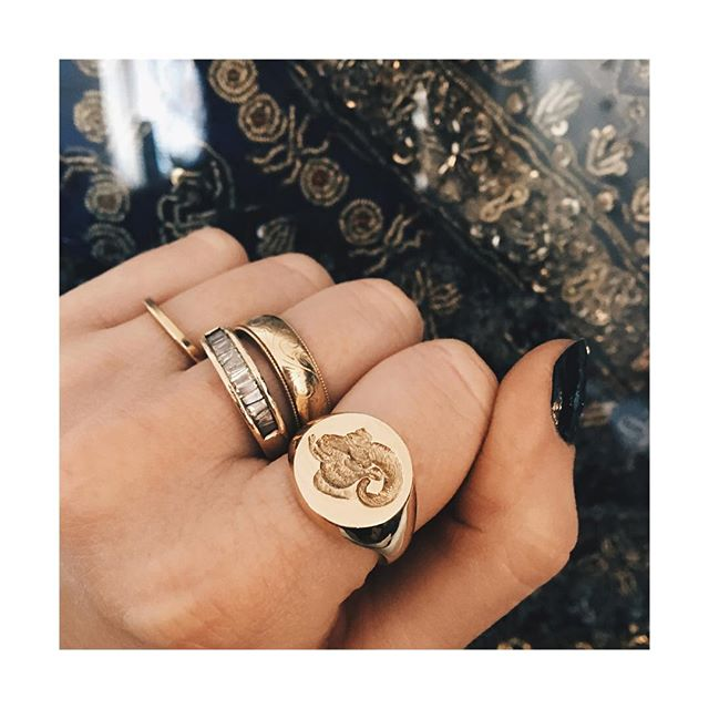 Thank youuu @rebussignetrings for my beautifully hand engraved Ram's head ring 🐏 ... I shall cherish it forever! • • #rebus #rebussignetrings #signet #signetring #signetrings #ram #ramshead #aries #9ct #gold #ring #heirloom #chunkygoldring #showmeyourrings #handmade #bespoke